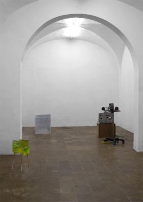 05_2012_Christoph_Meier_greenpisellivideosculpture